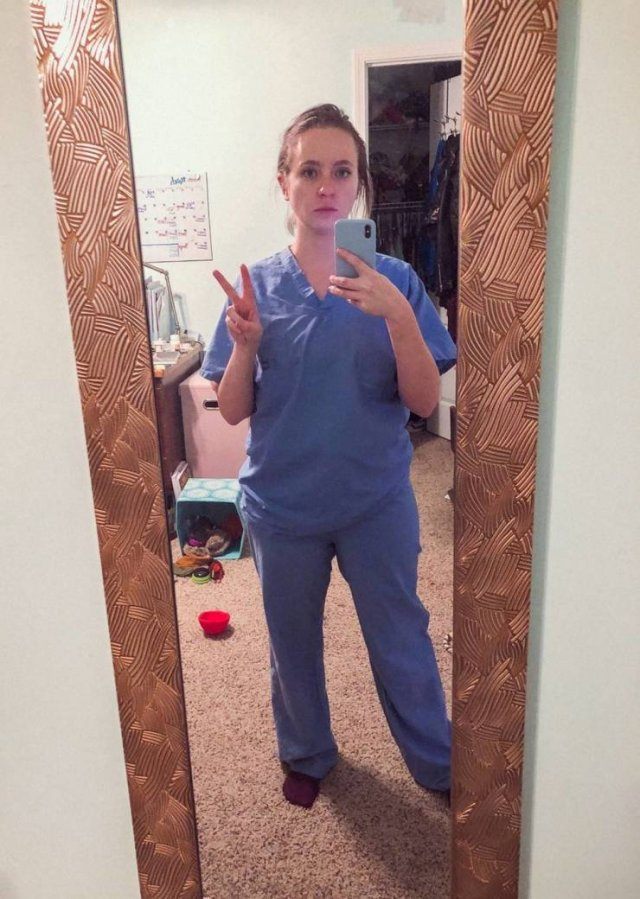 Nurse Shows Her Changes After Nine Months Of Pandemic