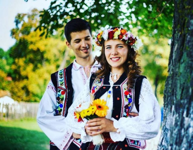 Traditional Wedding Outfits All Over The World