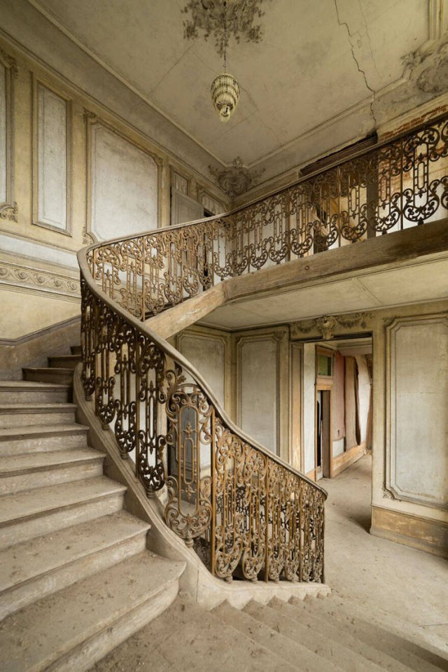 Beautiful Abandoned Places, part 5
