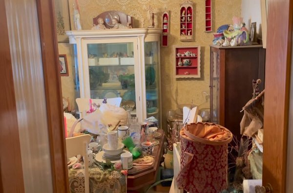 Estate Sale: Man Hits Jackpot With $400k Worth Of Goods Found There
