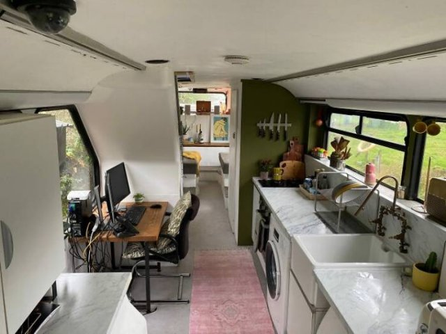 Couple Turned A Double Decker Bus Into A Fantastic Mobile Home