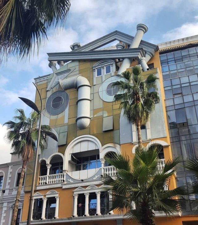 Beautiful And Unusual Buildings