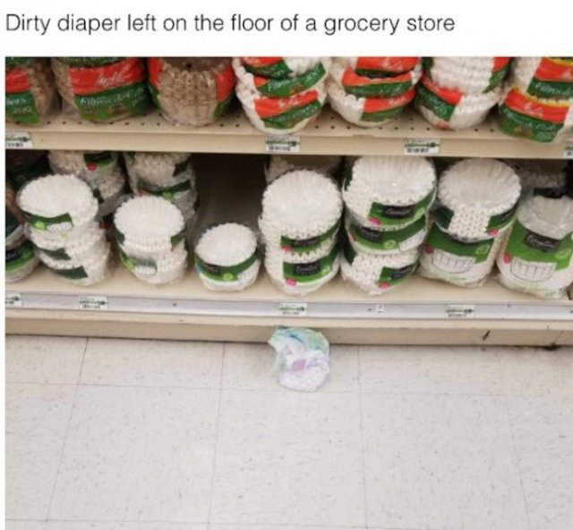 Store Workers Show Pictures Of Their Worst Customers