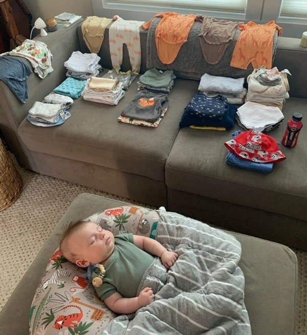 Moms Show Their Everyday Routine