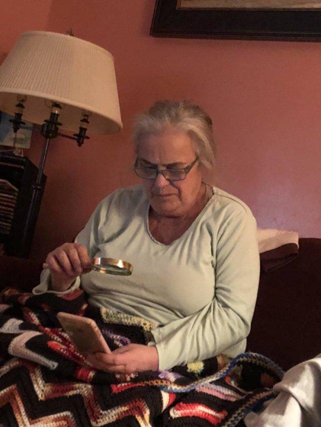 Moms Vs. Gadgets