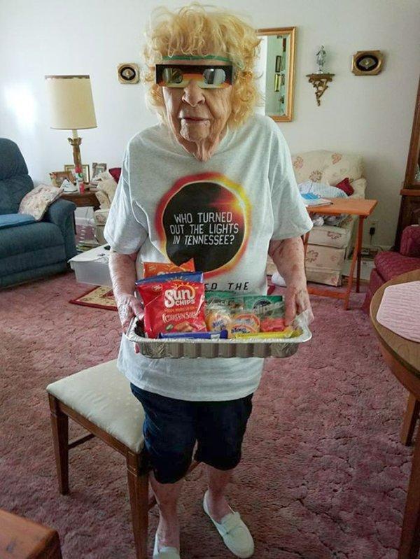 Amazing Grandmas And Grandpas
