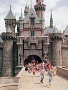 Old Photos Of 'Disneyland' Opening