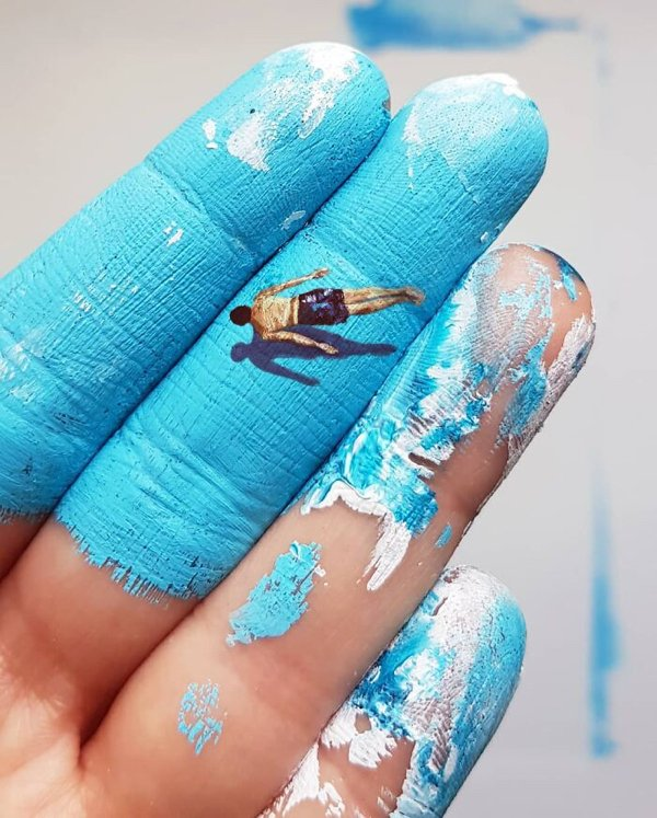 Art Painted On Hands