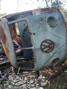 Australian Mechanic Turned An Old Van Into A $149 Thousand Mobile Home