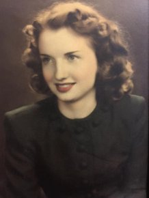 People Share Old Photos Of Their Grandmas