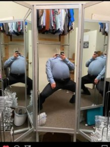 People Weird Tries To Sell Mirrors