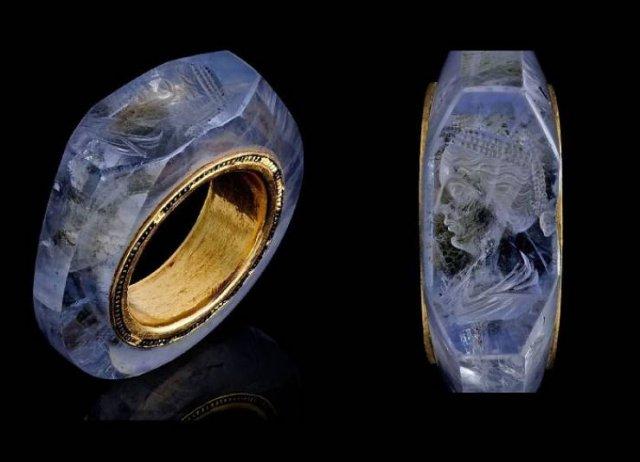 Amazing Artefacts